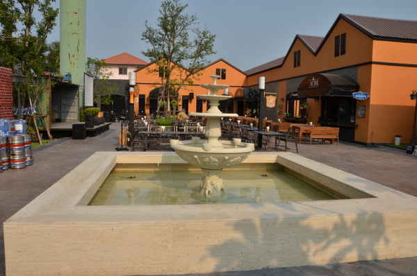 niche-beerville-bangkok-beer-bar-004